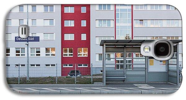 Bahn Galaxy S4 Cases - Bahnhof Dessau Sued Galaxy S4 Case by Jannis Werner