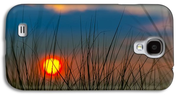 Ball Of Fire Galaxy S4 Case by Sebastian Musial