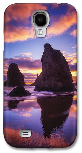 Sunset Greeting Cards Galaxy S4 Cases - Bandons Sunset Light Show Galaxy S4 Case by Darren  White