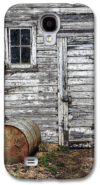 Old Barn Drawing Galaxy S4 Cases - Barn Door Galaxy S4 Case by Armando Picciotto