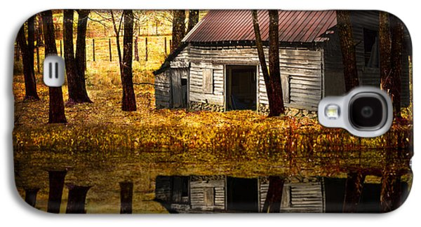 Autumn In The Country Galaxy S4 Cases - Barn in the Woods Galaxy S4 Case by Debra and Dave Vanderlaan