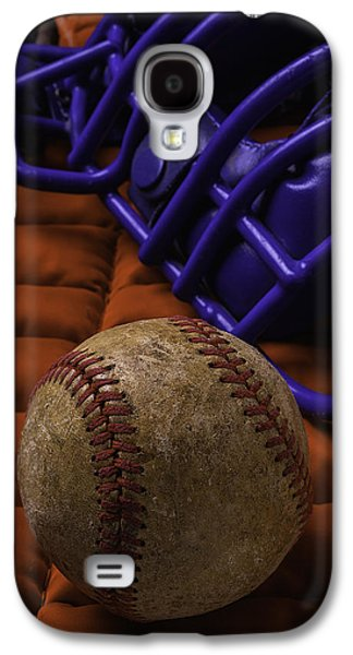 Sports Photographs Galaxy S4 Cases - Baseball And Catchers Mask Galaxy S4 Case by Garry Gay