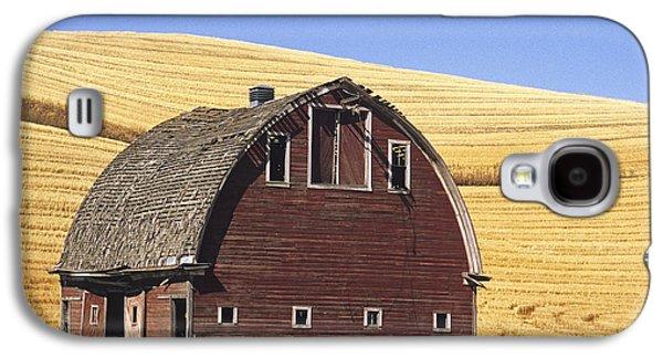 Contour Farming Galaxy S4 Cases - Basic Palouse Barn Galaxy S4 Case by Latah Trail Foundation