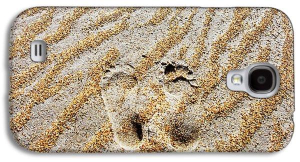Sand Pattern Galaxy S4 Cases - Beach Foot Prints Galaxy S4 Case by Sean Davey