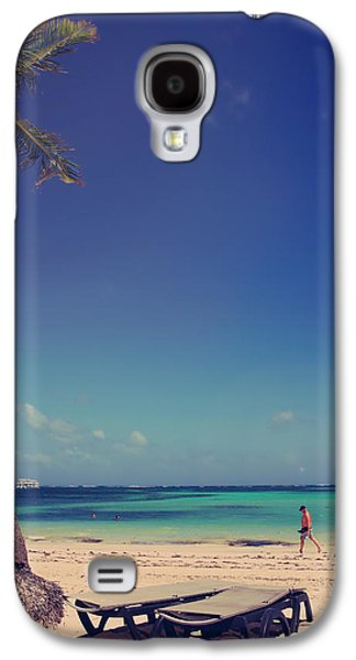 Beach Stroll Galaxy S4 Case by Laurie Search