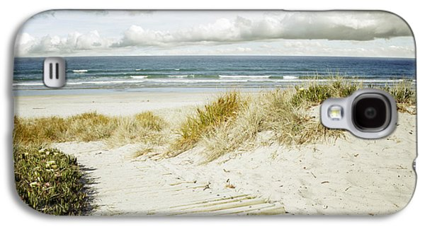 Beach Landscape Galaxy S4 Cases - Beach view Galaxy S4 Case by Les Cunliffe