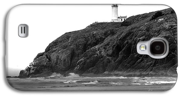 Haybale Galaxy S4 Cases - Beach View of North Head Lighthouse Galaxy S4 Case by Robert Bales