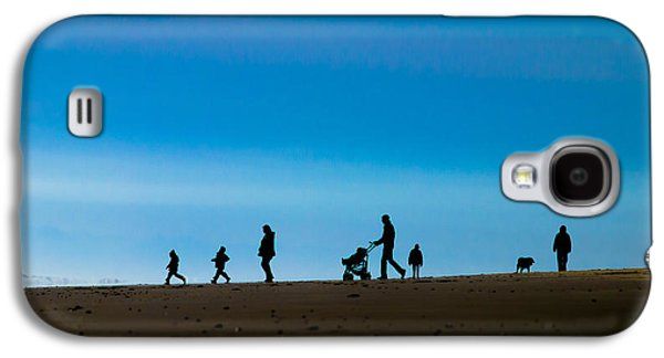 Poster Art Galaxy S4 Cases - Beach walk Galaxy S4 Case by Jb Atelier