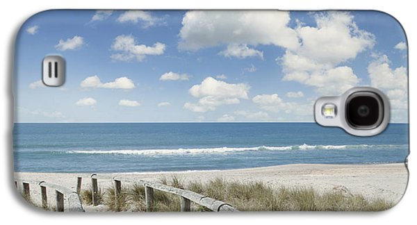 Concept Photographs Galaxy S4 Cases - Beach walk Galaxy S4 Case by Les Cunliffe