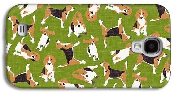 Beagle Scatter Green Galaxy S4 Case by Sharon Turner