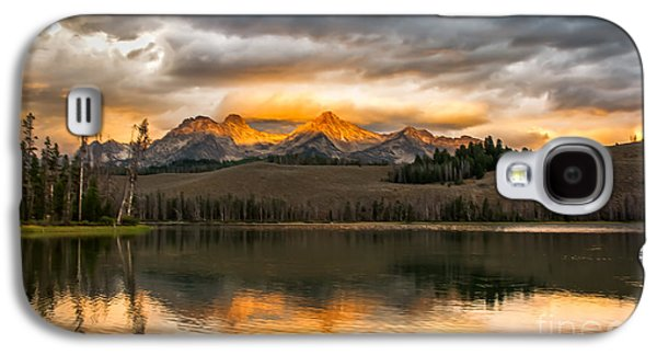 Haybale Galaxy S4 Cases - Beautiful Sunrise On Little Redfish Lake Galaxy S4 Case by Robert Bales