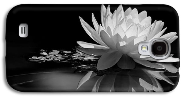 Florida Flowers Photographs Galaxy S4 Cases - Beautiful Water Lily Reflections Galaxy S4 Case by Sabrina L Ryan