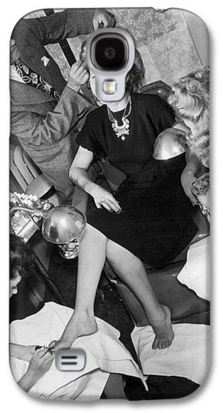 Beauty Salon Glamorizing Galaxy S4 Case by Underwood Archives