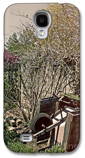 Mud Season Galaxy S4 Cases - Behind the Garden Galaxy S4 Case by Tom Gari Gallery-Three-Photography