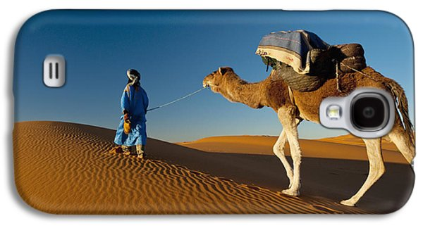 Sahara Sunlight Galaxy S4 Cases - Berber Leading Camel Across Sand Dune Galaxy S4 Case by Ian Cumming