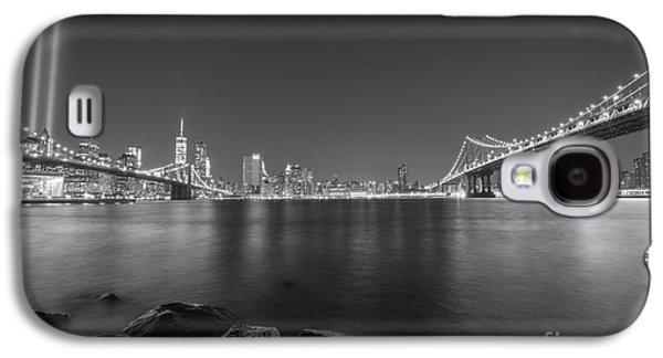 Manhatan Galaxy S4 Cases - Between The Bridges BnW Galaxy S4 Case by Michael Ver Sprill