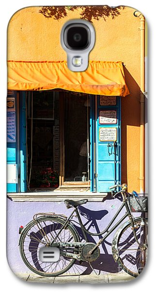 Frame House Galaxy S4 Cases - Bicycle in front of colorful house - Burano - Venice Galaxy S4 Case by Matteo Colombo