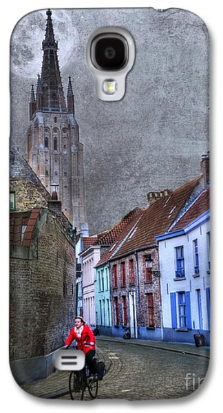 Activity Photographs Galaxy S4 Cases - Bicycling Through Bruges Galaxy S4 Case by Juli Scalzi