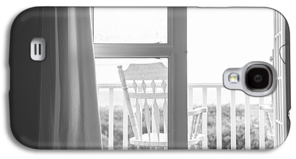 Screen Doors Galaxy S4 Cases - Block Island Beach House View Galaxy S4 Case by Diane Diederich
