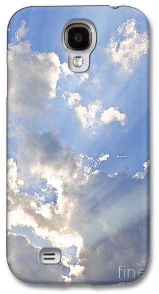 Blue Sky With Sun Rays Galaxy S4 Case by Elena Elisseeva