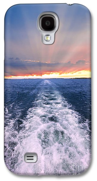 Boat Photographs Galaxy S4 Cases - Boat wake on Georgian Bay  Galaxy S4 Case by Elena Elisseeva