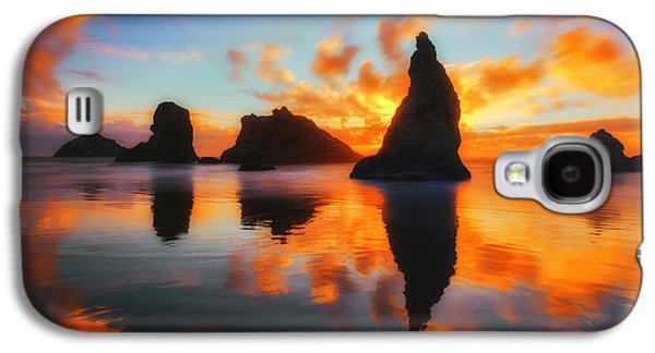 Sunset Greeting Cards Galaxy S4 Cases - Boldly Bandon Galaxy S4 Case by Darren  White