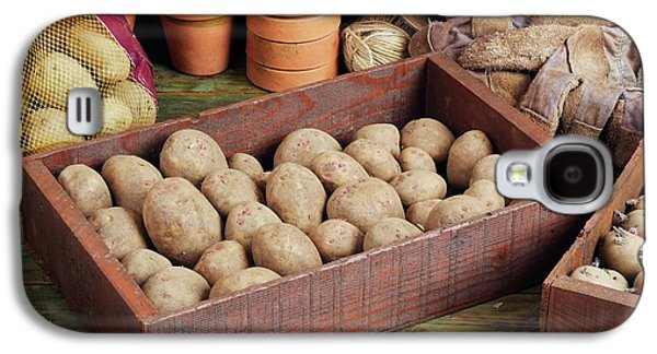 Box Of Potatoes Galaxy S4 Case by Geoff Kidd