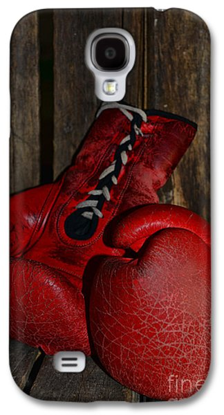 Boxer Galaxy S4 Cases - Boxing Gloves Worn Out Galaxy S4 Case by Paul Ward