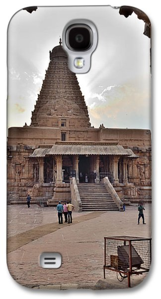 Ancient Sculptures Galaxy S4 Cases - Brihadeswara Temple Galaxy S4 Case by Banu Prakash KN