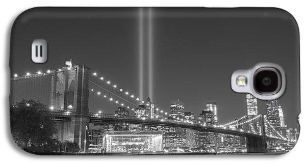 Manhatan Galaxy S4 Cases - Brooklyn Bridge At Night BnW wide crop  Galaxy S4 Case by Michael Ver Sprill