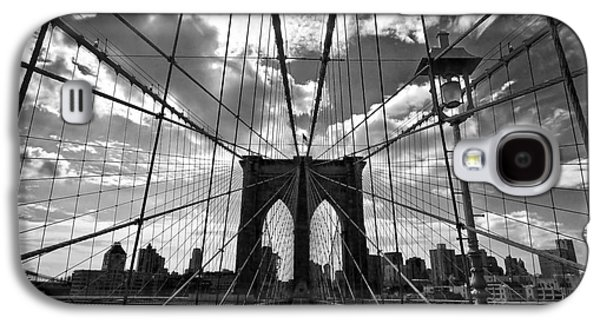 Symetry Galaxy S4 Cases - Brooklyn Bridge Galaxy S4 Case by Delphimages Photo Creations