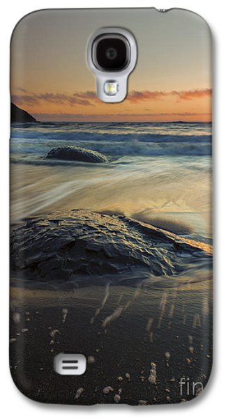 Bubbles Galaxy S4 Cases - Bubbles on the Sand Galaxy S4 Case by Mike  Dawson