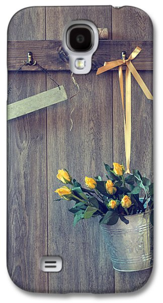 Shed Galaxy S4 Cases - Bucket Of Roses Galaxy S4 Case by Amanda And Christopher Elwell