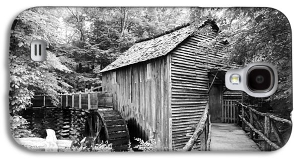 Tennessee Historic Site Galaxy S4 Cases - Cades Cove Cable Mill - BW Galaxy S4 Case by Cynthia Woods