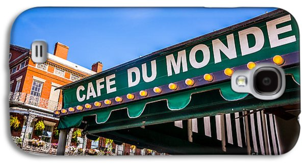 Louisiana Photographs Galaxy S4 Cases - Cafe Du Monde Picture in New Orleans Louisiana Galaxy S4 Case by Paul Velgos
