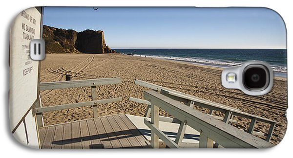 Landscapes Photographs Galaxy S4 Cases - California Lifeguard shack at Zuma Beach Galaxy S4 Case by Adam Romanowicz