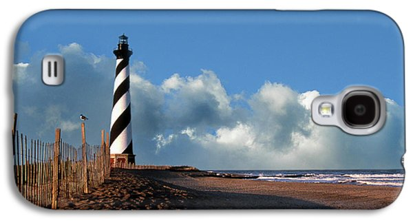 Black And White Photos Galaxy S4 Cases - Cape Hatteras Lighthouse Nc Galaxy S4 Case by Skip Willits