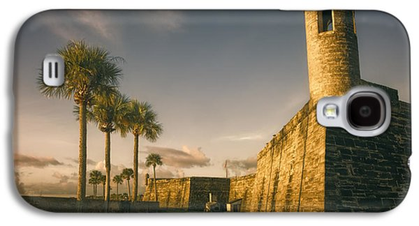Landmarks Photographs Galaxy S4 Cases - Castillo de San Marcos Dawn Galaxy S4 Case by Joan Carroll