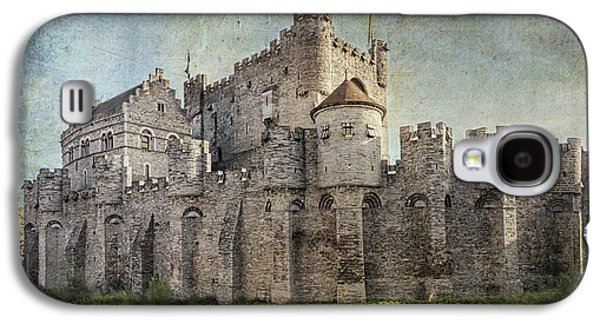 Fantasy Photographs Galaxy S4 Cases - Castle of the Counts Galaxy S4 Case by Joan Carroll
