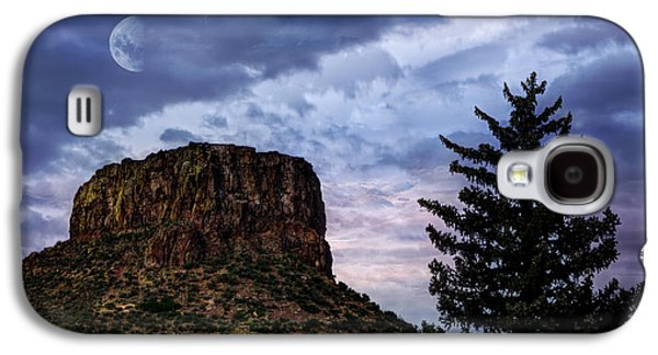 Hdr Landscape Galaxy S4 Cases - Castle Rock Galaxy S4 Case by Juli Scalzi
