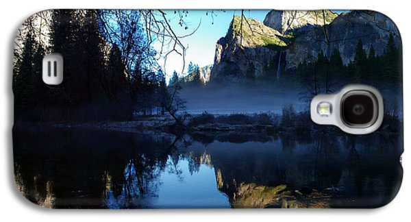 Cathedral Rock Galaxy S4 Cases - Cathedral Rocks Yosemite National Park Galaxy S4 Case by Scott McGuire