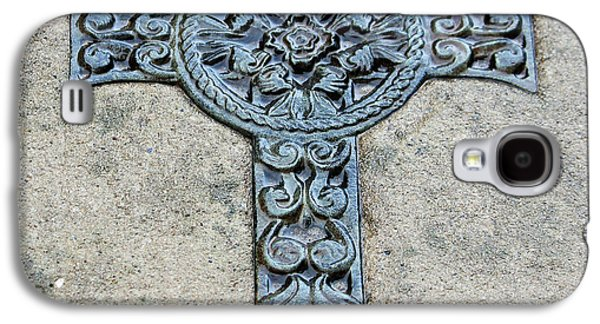 Relief Sculpture Galaxy S4 Cases - Celtic Cross III Galaxy S4 Case by Suzanne Gaff