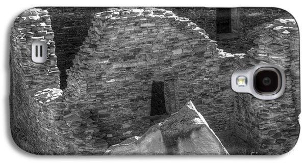 Landmarks Photographs Galaxy S4 Cases - Chaco Canyon Pueblo Bonito Detail Galaxy S4 Case by Bob Christopher