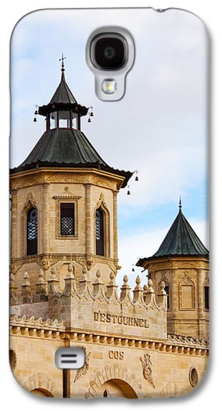 Haut Galaxy S4 Cases - Chateau Cos Destournel Winery Galaxy S4 Case by Panoramic Images
