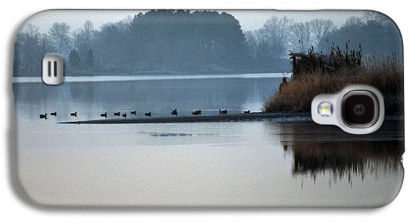 Photos Of Birds Galaxy S4 Cases - Checking The Spread Galaxy S4 Case by Skip Willits