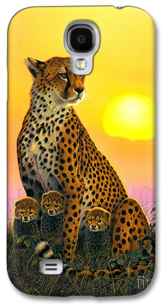 Animal Photographs Galaxy S4 Cases - Cheetah And Cubs Galaxy S4 Case by MGL Studio - Chris Hiett