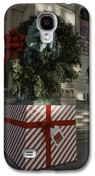 Photography Photographs Galaxy S4 Cases - Chicago Art Institute Lion Galaxy S4 Case by Sebastian Musial