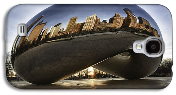 Skyscraper Galaxy S4 Cases - Chicago Cloud Gate at Sunrise Galaxy S4 Case by Sebastian Musial