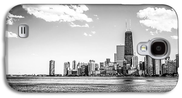 Chicago Lakefront Skyline Black And White Picture Galaxy S4 Case by Paul Velgos