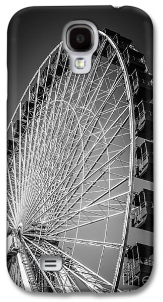 Chicago Navy Pier Ferris Wheel In Black And White Galaxy S4 Case by Paul Velgos